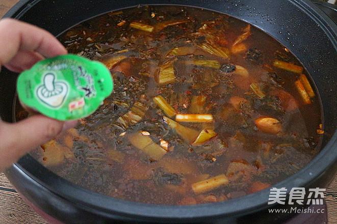 麻辣酸菜鱼片火锅怎么煮