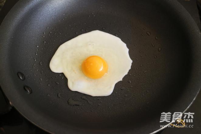 溏心荷包蛋的家常做法