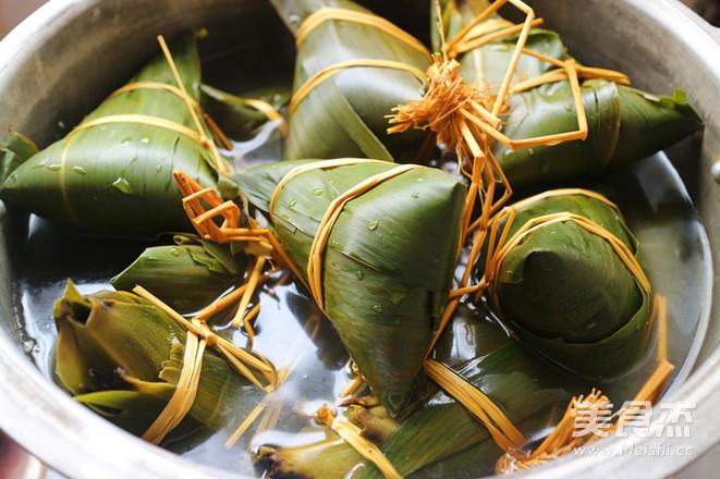 板栗肉粽的制作方法
