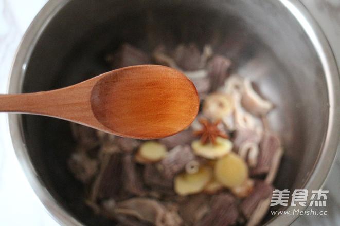 牛腩萝卜汤的简单做法