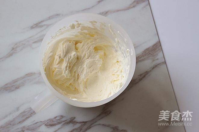 鲜奶油戚风蛋糕的步骤