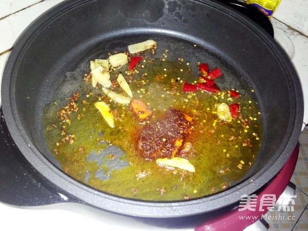 羊肉火锅怎么吃