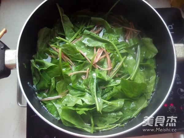 菠菜拌粉丝的简单做法