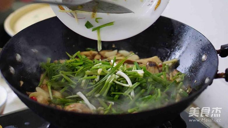 新鲜山棠菌炒肉怎么炖