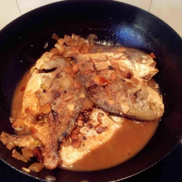 红烧金鲳鱼怎么煮