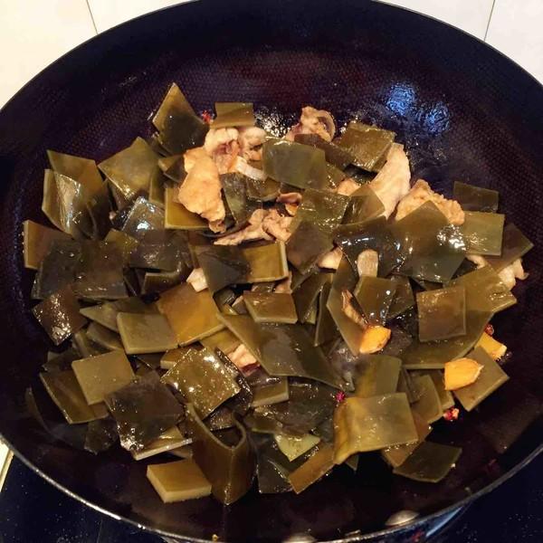 五花肉炖冻豆腐土豆海带怎么炖