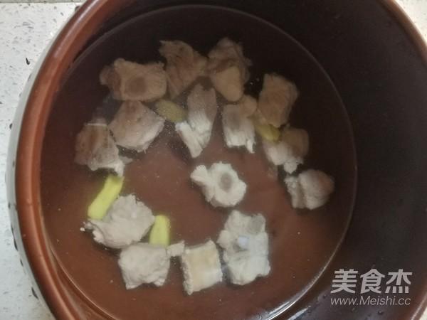 排骨白萝卜汤的简单做法