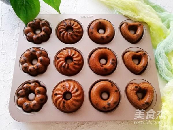 巧克力豆甜甜圈蛋糕怎样炖