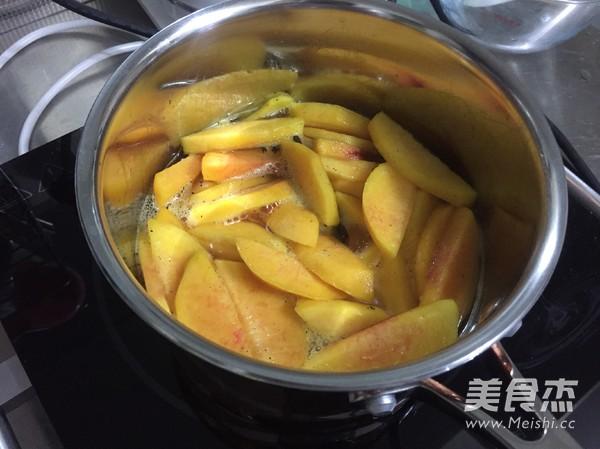 黄桃杏仁塔的简单做法