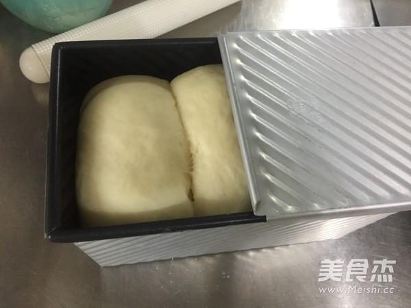 酸奶吐司的制作