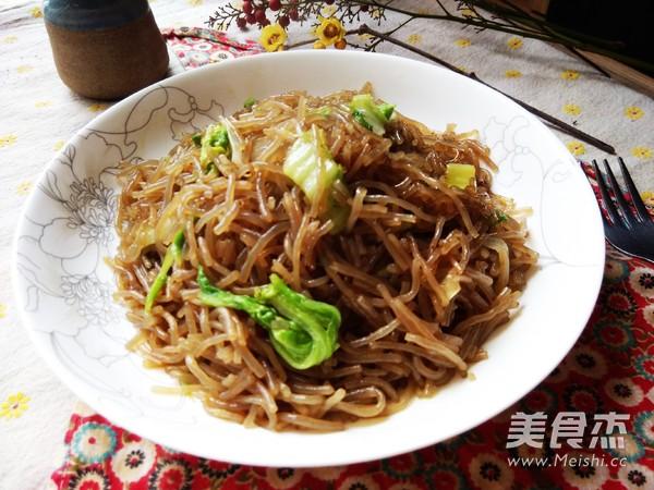 白菜炒粉条成品图