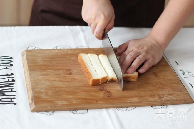 早餐系列之酥脆椰蓉吐司条的简单做法