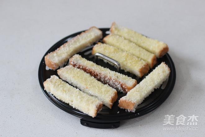 早餐系列之酥脆椰蓉吐司条怎么吃