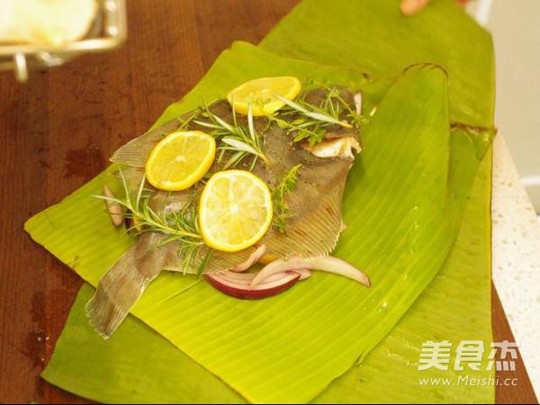 充满异国风情的迷迭香烤鱼的家常做法