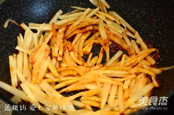 红油酸笋的家常做法