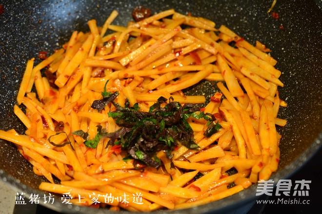 红油酸笋的简单做法