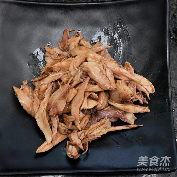 麻辣鸡腿肉的简单做法