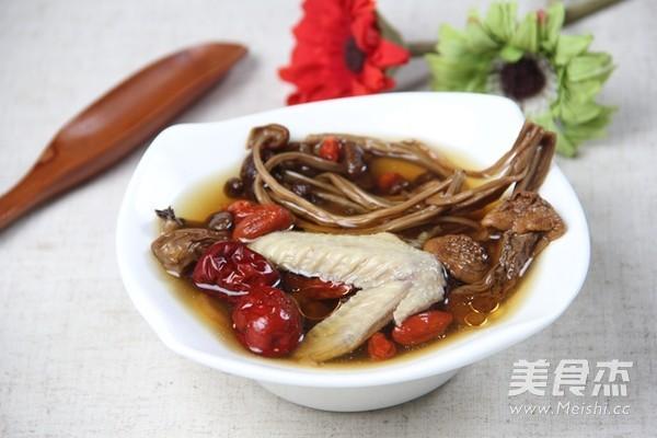 姬松茸茶树菇鸡汤怎么煸