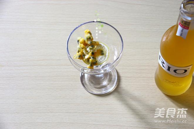 RIO百香果柠檬香橙伏特加鸡尾酒的简单做法