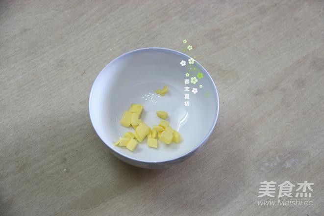 香兰风味黄桃班戟怎么做