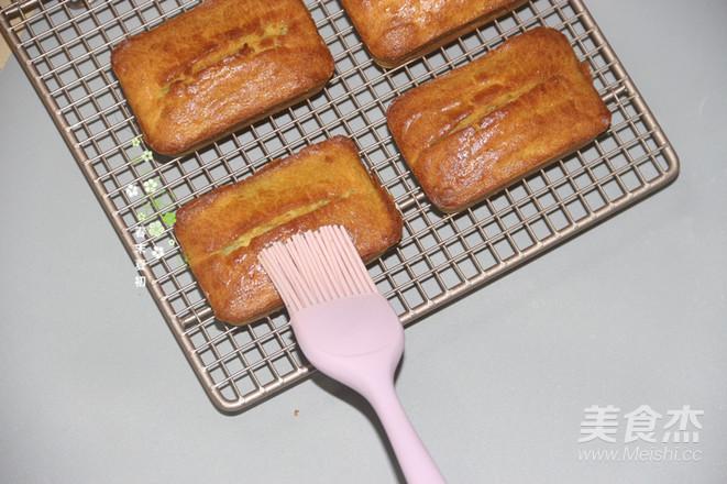 牛油果小方块磅蛋糕的制作
