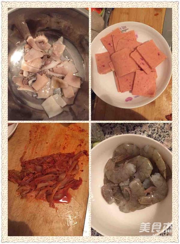 韩式泡菜海鲜锅的做法图解