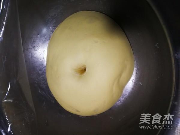 香葱芝士香肠面包怎么炒