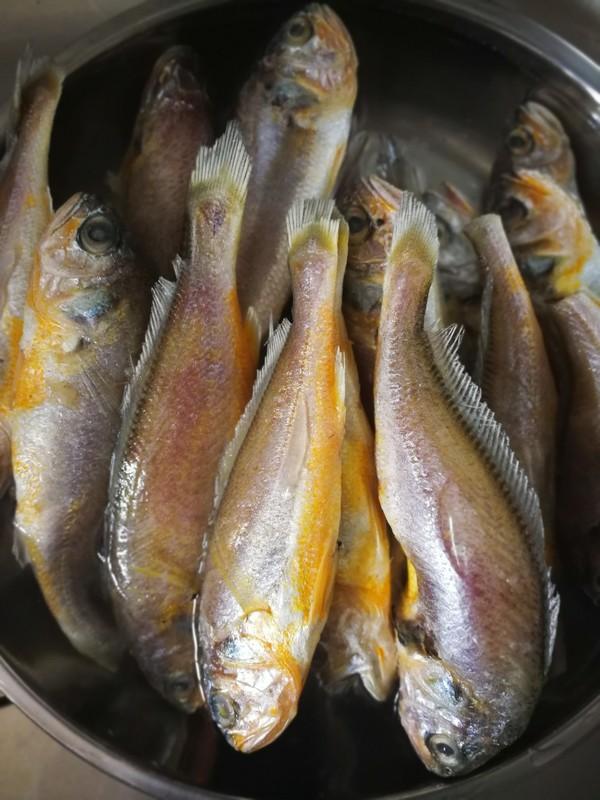 酥炸小黄花鱼的做法大全