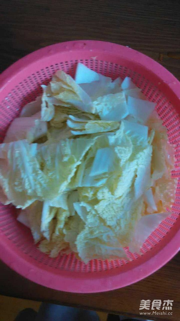 大白菜炒肉片的简单做法