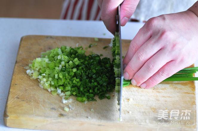 焦香猪肉锅贴的做法图解