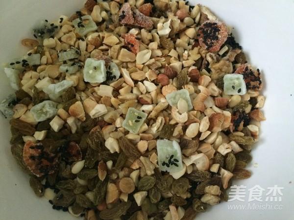 中秋佳节倍思亲-传统广式五仁月饼怎么吃