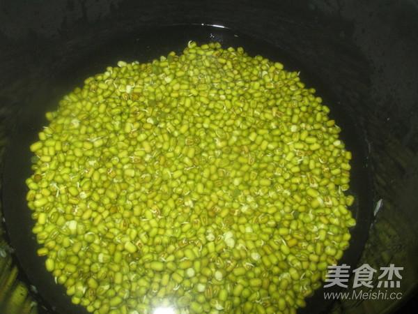 绿豆百合汤的家常做法