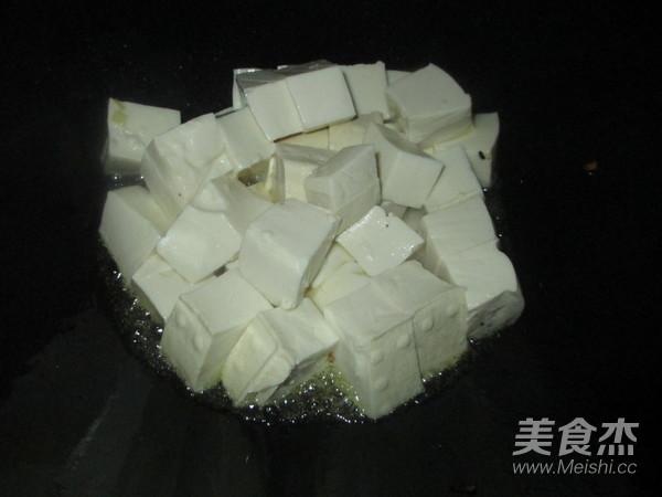 泥鳅炖豆腐怎么做