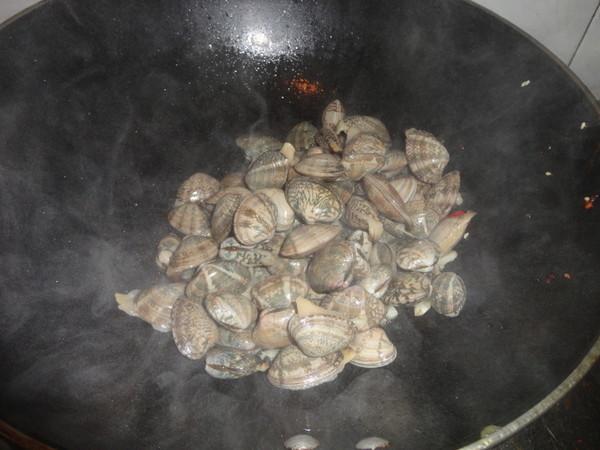 香辣花蛤的简单做法