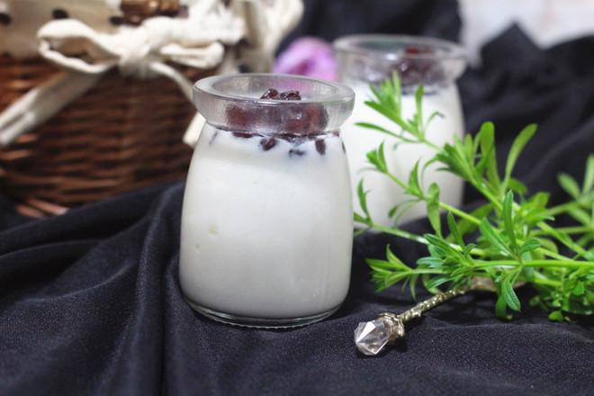 蜜豆酸奶成品图