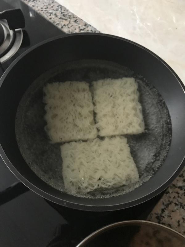 高汤牛肉米线怎样做