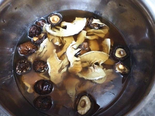 鱿鱼鸭肉煲的做法大全