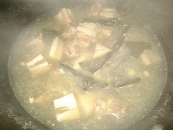 藕段排骨煲怎么炒
