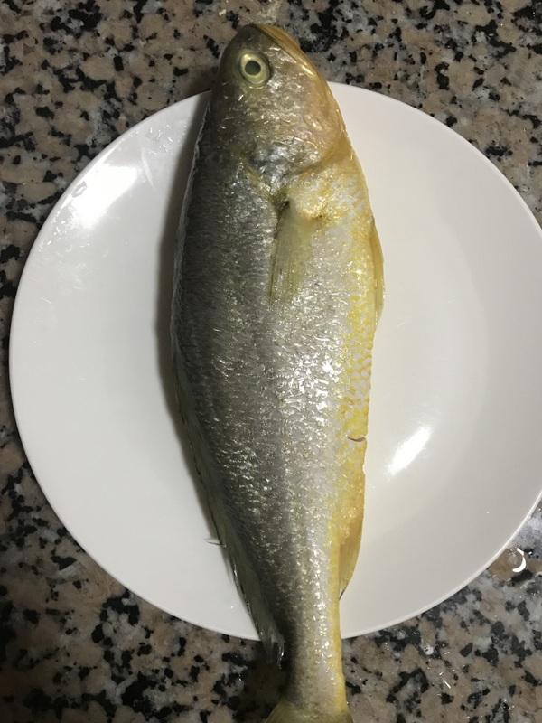 豆瓣蒸抱腌黄鱼的做法大全