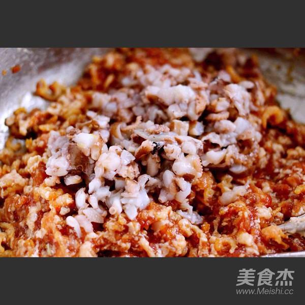 芹菜肉馅海鲜饺子怎样做