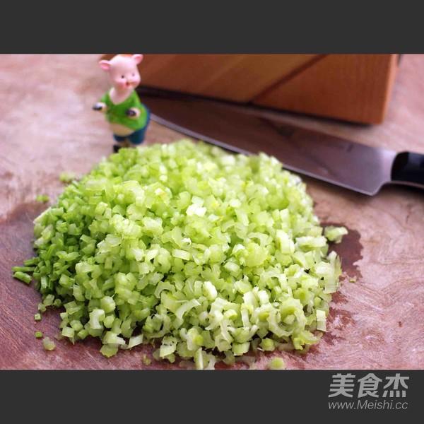 芹菜肉馅海鲜饺子怎样煮