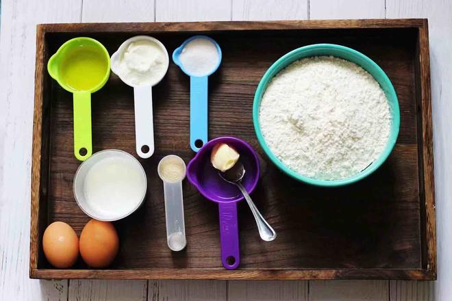 汉堡胚牛奶面包的做法大全