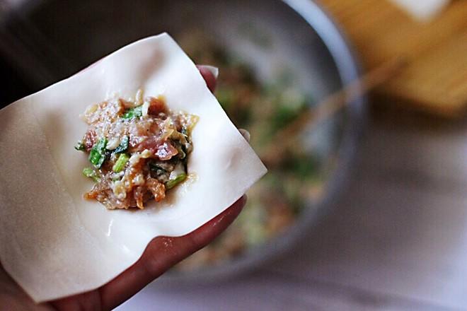 韭菜海米馄饨怎么炖