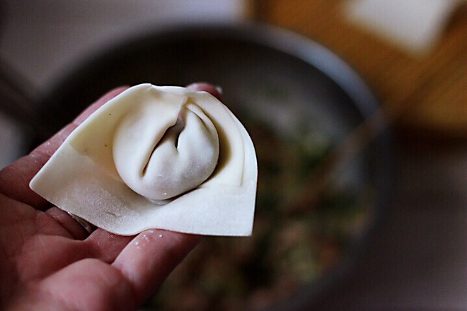 韭菜海米馄饨怎样煸