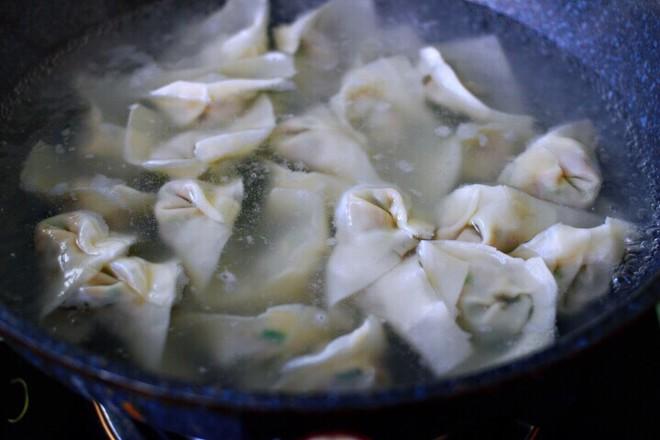韭菜海米馄饨怎样炒