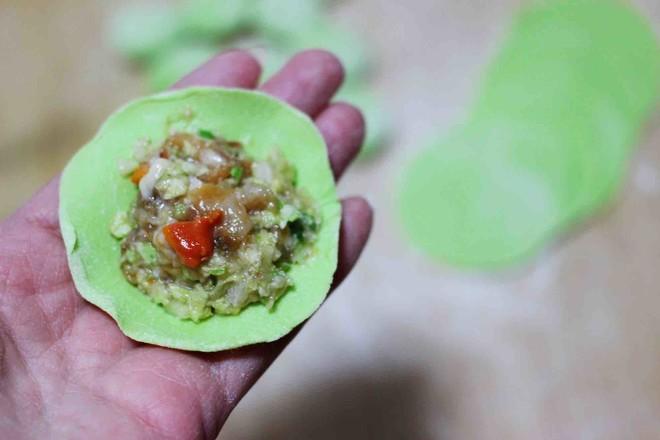 圆白菜扇贝翠玉饺子的制作方法
