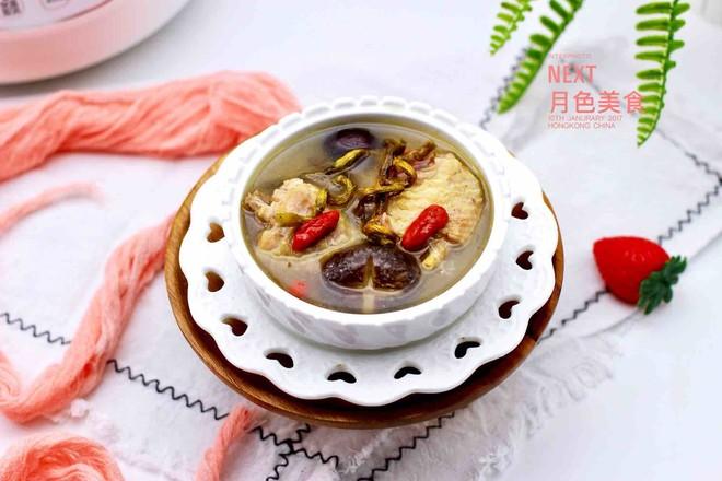 铁皮石斛百合炖土鸡的做法大全