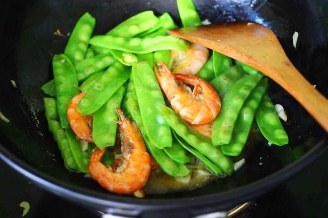 百合海虾荷兰豆小炒怎样做