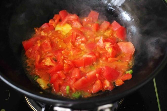 【红红火火】的金针菇酸汤肥牛卷怎么煮