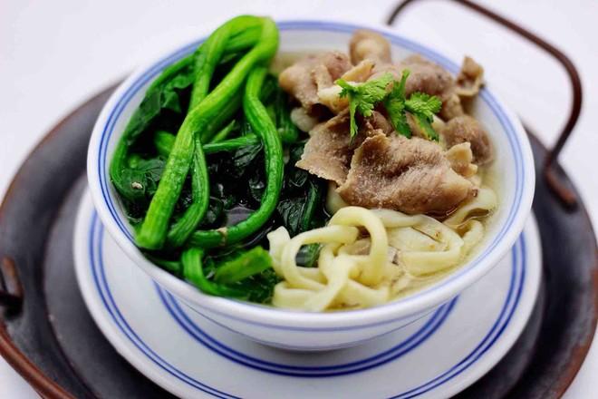 【长长远远】的菠菜羊肉卷汤面的制作方法